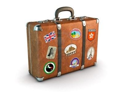 00a12785445-maleta-de-viaje-con-pegatinas-generado-por-ordenador-imagen