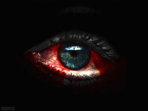 Ojos con sangre-786890